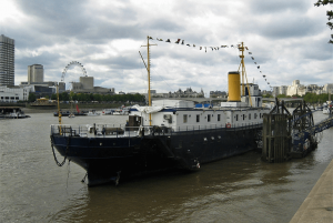 Uma fragata britânica chamada PRESIDENT 54