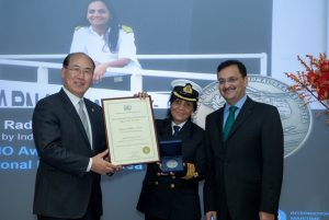 revistademarinha, premio bravura excecional no mar, exceptional bravery at school, indian merchant navy, rescue, salvamento,