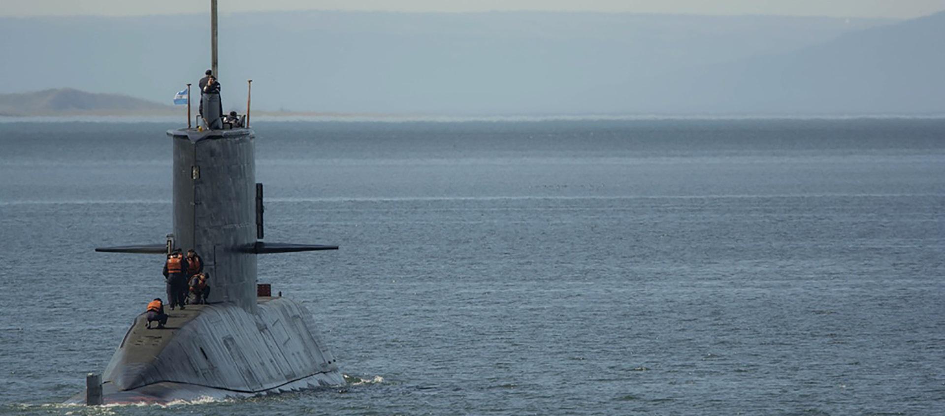 Submarino A.R.A. SAN JUAN – Os 44 permanecem ao largo
