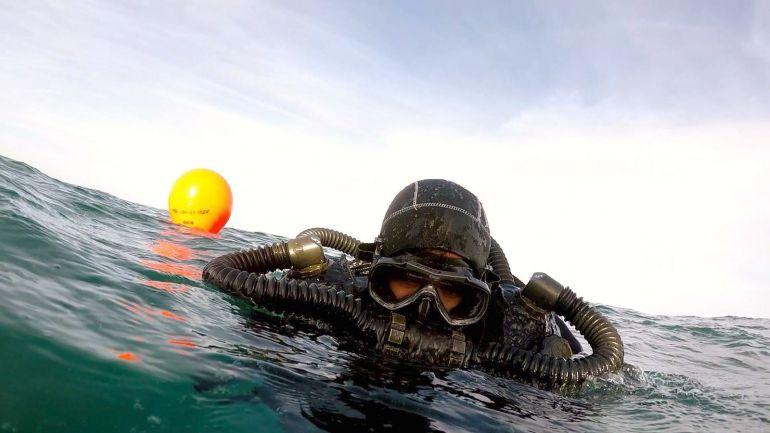 Um mergulhador sapador em ação (foto Marinha Portuguesa)