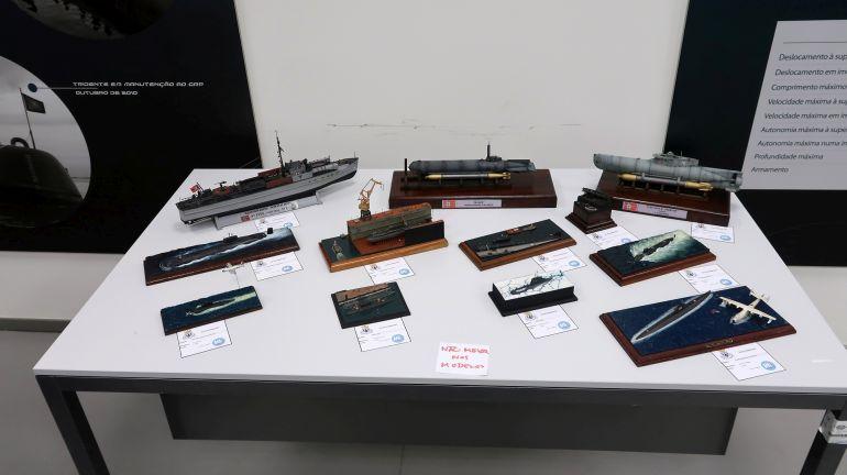 """A mesa dos submarinos """"Guerra Fria e atuais"""""""