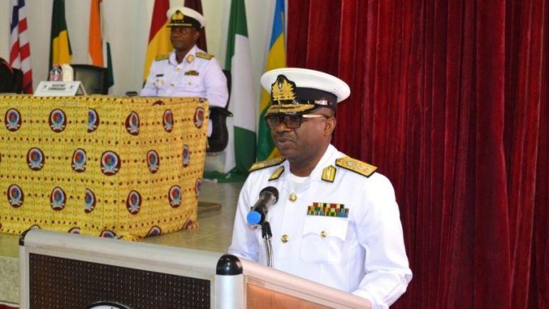 O Contra-almirante Seth Amoama é o atual CEMA do Gana, tendo tomado posse em 21 de dezembro de 2018 (foto Marinha do Gana)