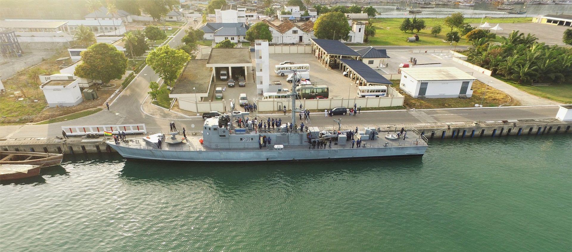 Nos 60 anos da Marinha Ganesa
