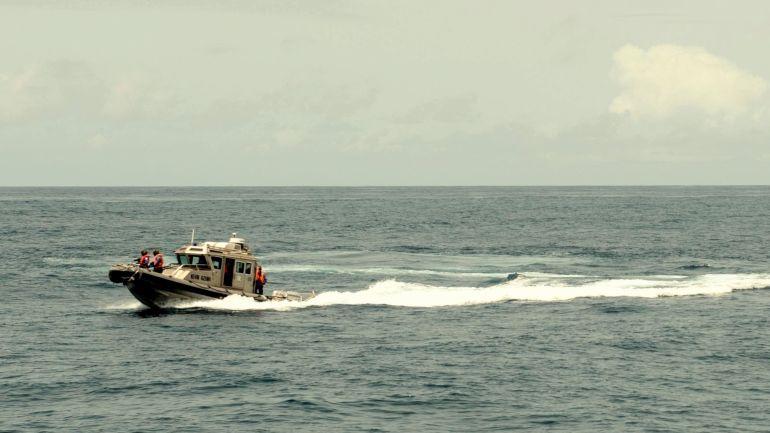 Uma lancha classe Defender durante o Exercício ObangameSaharan Express 2016 (Foto USNavy Luis R Chavez Jr)
