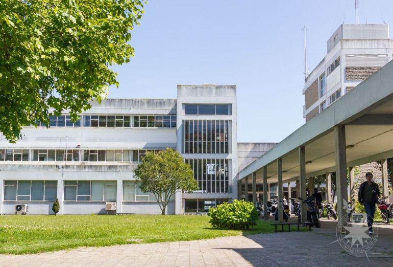 A Confraria Marítima tem protocolos com diversas instituições, entre as quais a Escola Náutica Infante D. Henrique, em Paço de Arcos