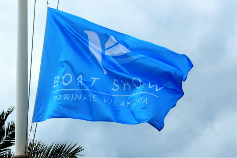 a bandeira azul do International Boat Show de Vilamoura (foto IBS)