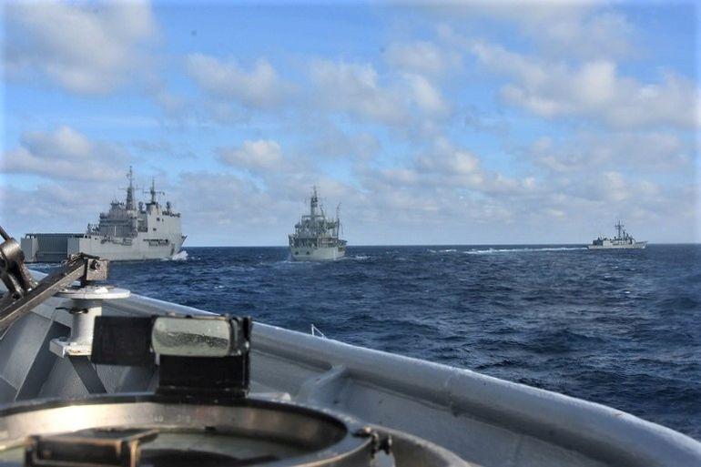 s navios GALÍCIA, NRP BÉRRIO e VITÓRIA vistos da asa da ponte de Estibordo duma fragata portuguesa (foto MP)