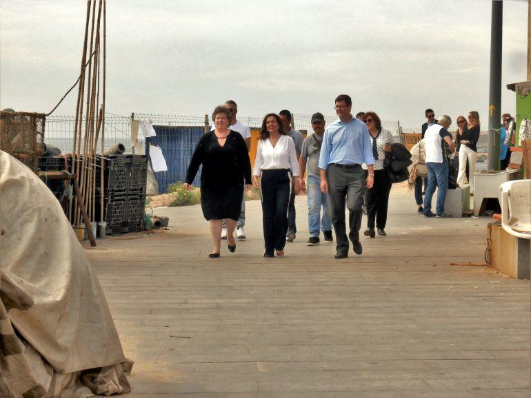 Ana Paula Vitorino visitando Angeiras (foto do autor)