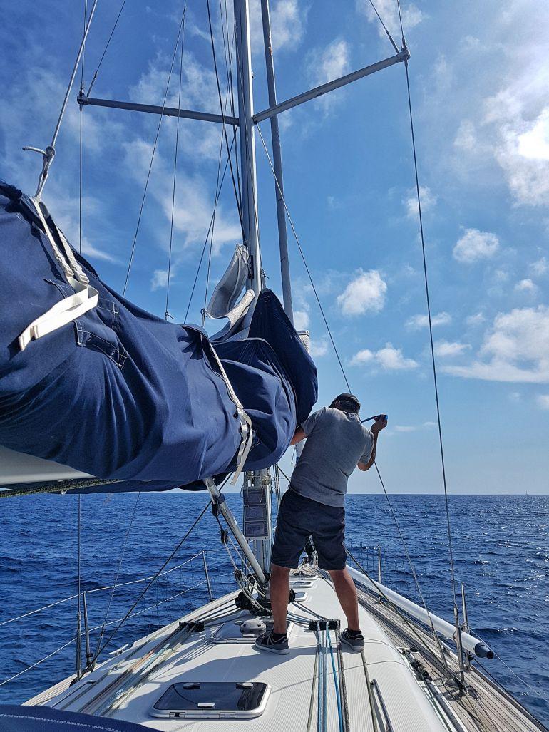 António já na viagem de regresso à Terceira (foto da autora)