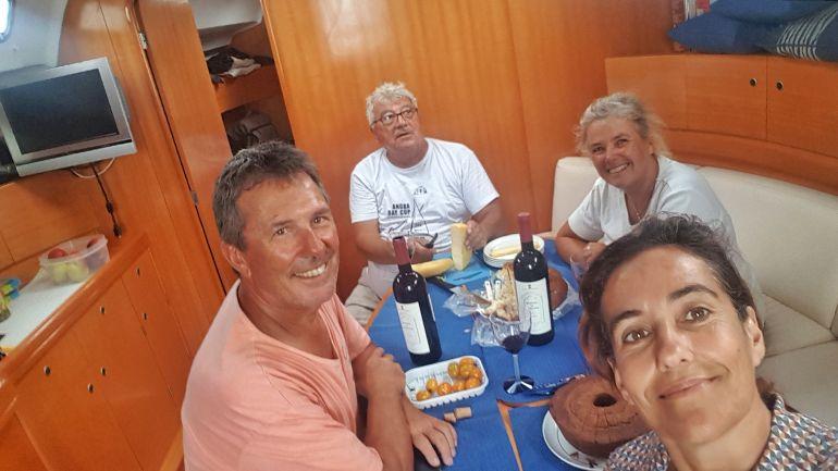 François e Veronique, os amigos franceses com João Leal e Bárbara (foto da autora)