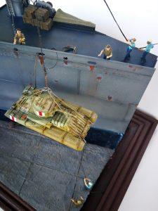 """As tarefas de embarque e desembarque eram efetuadas por poucos elementos da tripulação dos navios, com a relativa """"facilidade""""."""