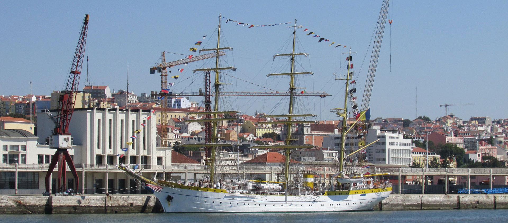 O NS MIRCEA, navio escola da Roménia