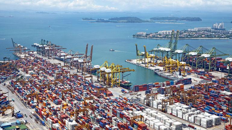 Porto de Singapura contentores