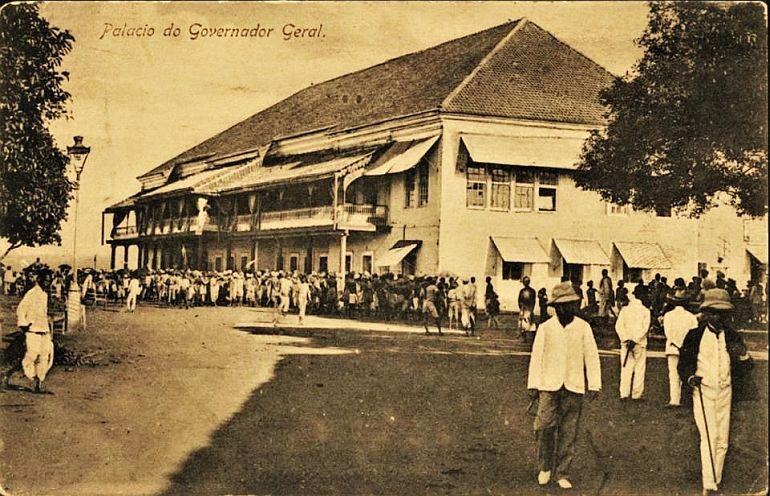 Palácio do Governador Geral - Nova Goa (Bilhete Postal, Índia Portuguesa, ed. Cristovam Fernandes, ca 1902, via Facebook Revisitar Goa)
