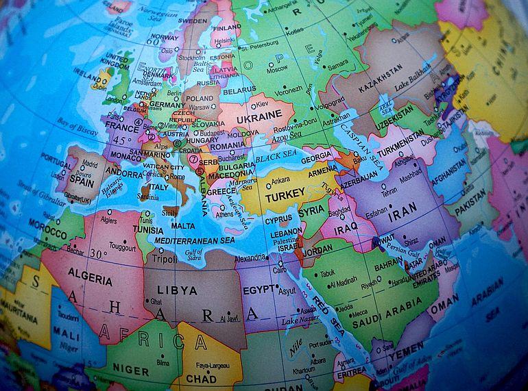 Mapa da Europa e da sua envolvente geopolítica próxima (foto de TheDigitalWay por Pixabay)