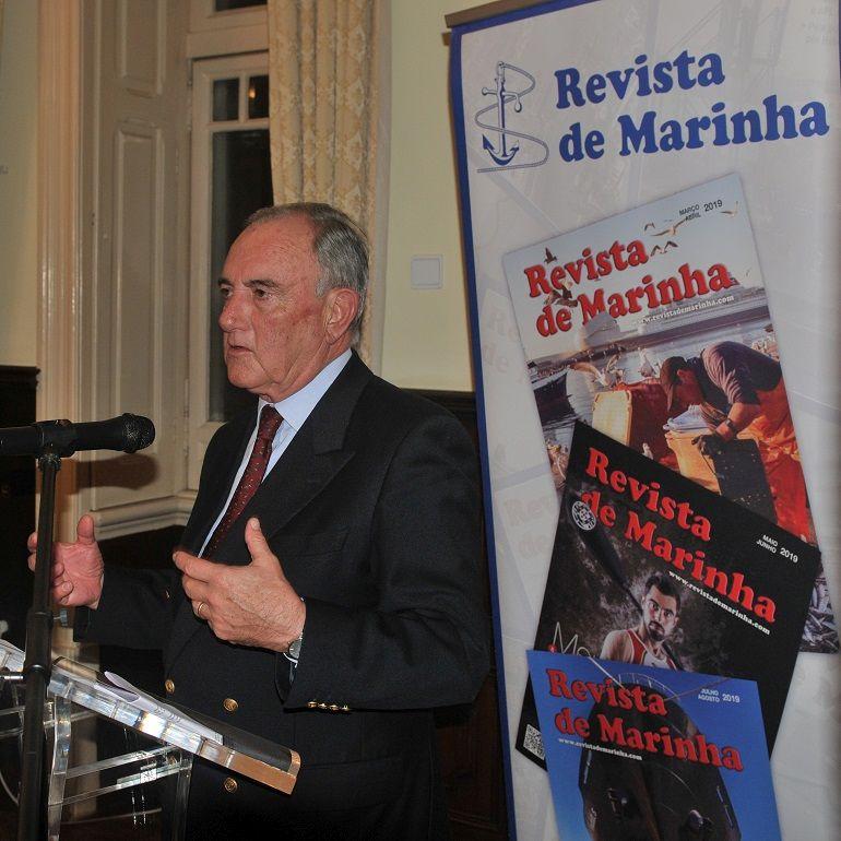 O Almirante Saldanha Lopes ao apresentar a edição inglesa, relembrou que a bordo dos navios britânicos o oficial navegador é apelidado de Vasco. (foto Luís Miguel Correia)