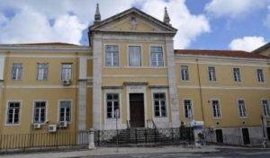 O antigo Hospital da Marinha, no Campo de Santa Clara, foi fechado em 2006.