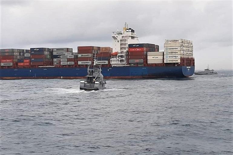 Duas lanchas das marinhas da Nigéria e do Benin, em preparação para a abordagem ao MV TOMMY RITSHER (imagem Nigerian Navy)