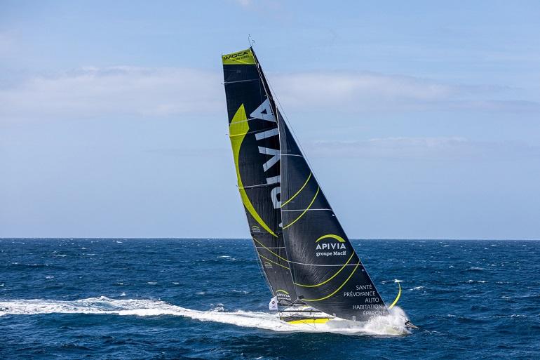 O veleiro APIVIA do skipper Charlie Dalin (imagem Jean-Marie Liot Alea Disobey)
