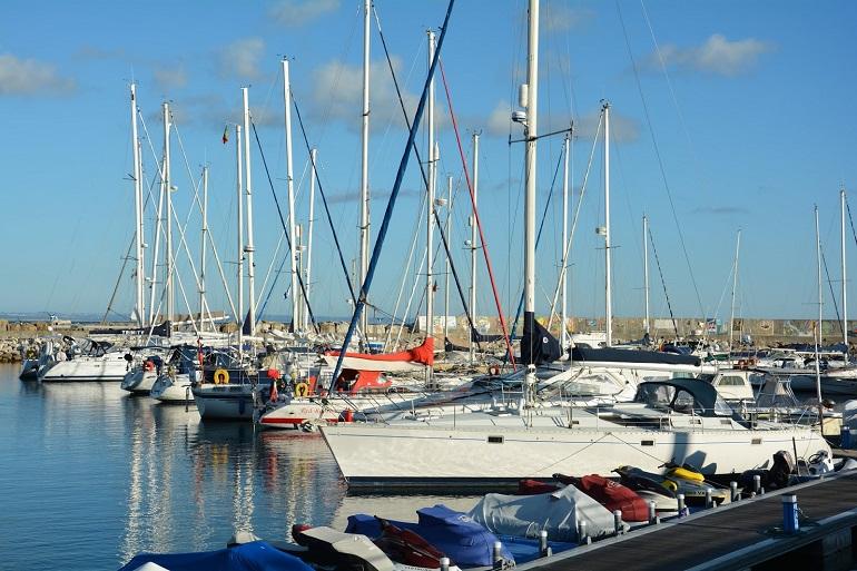 O porto de Recreio de Oeiras (imagem Luís Miguel Correia)