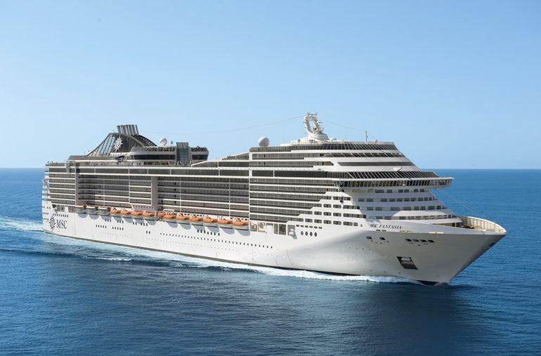 O navio de cruzeiros MSC FANTASIA (imagem MSC)