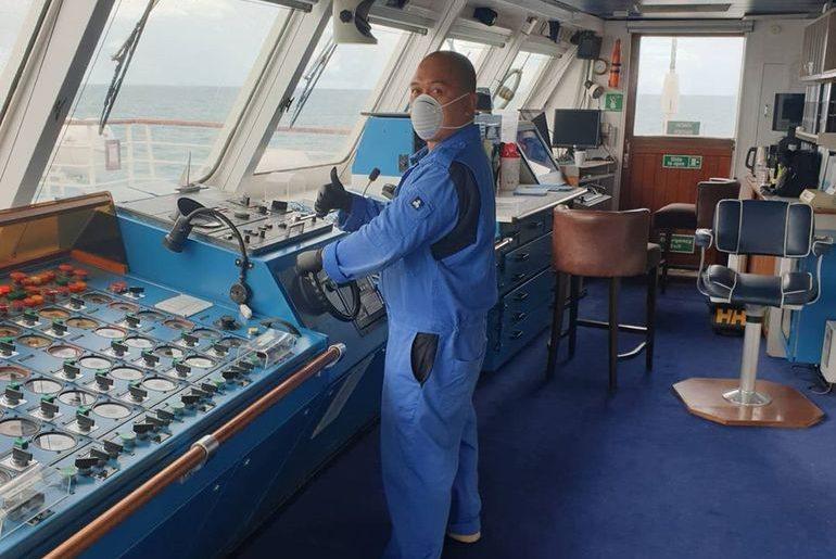 As tripulações deverão adotar novos artigos de EPI, adaptados à atual situação (imagem instagram Marc at Sea)
