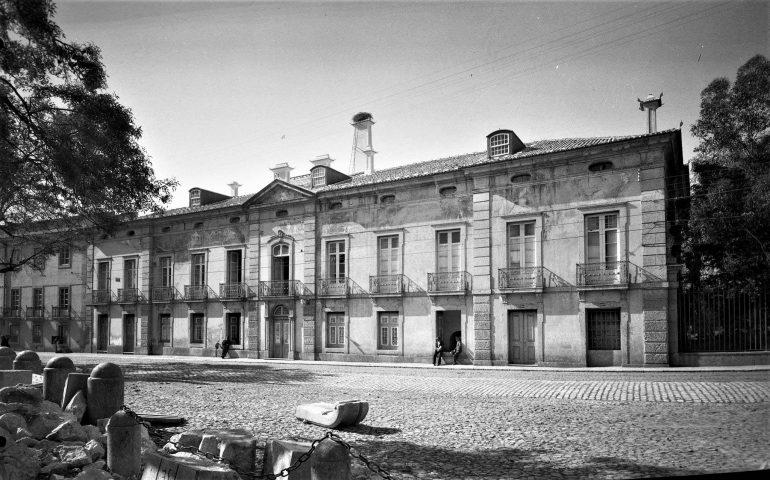 O Palácio dos Condes de Farrobo (Estúdio Mário Novais c. 1940 imagem gentilmente cedida de acasasenhorial.org)