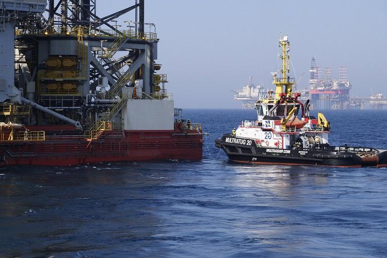 A exploração petrolífera é uma valências do Mar amplamente divulgada.