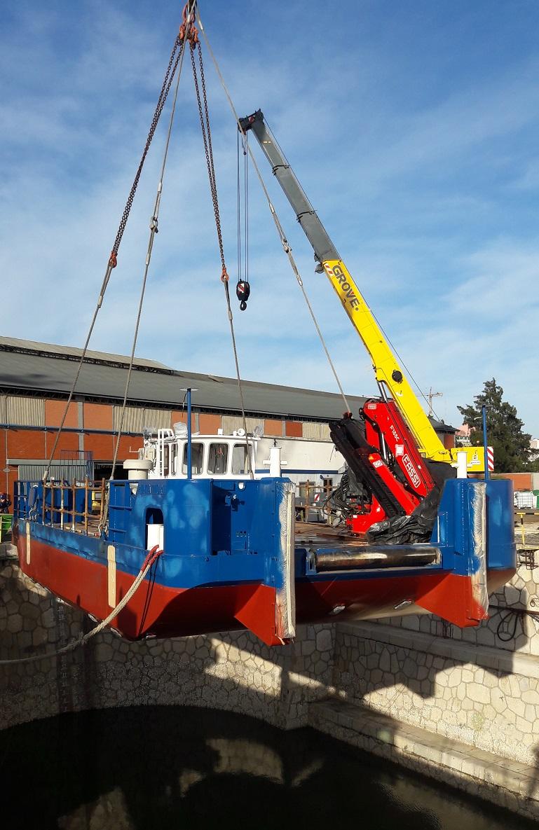 O PUNTA TIGRE foi construído num plano e, no dia 17 de dezembro de 2018 foi movimentado para a doca com uma grua de 200 toneladas de capacidade.
