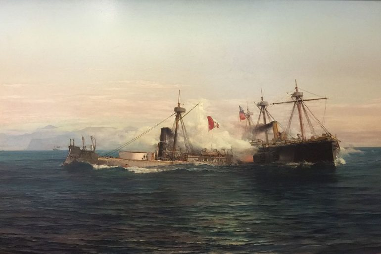 O monitor peruano HUÁSCAR recebe fogo da fragata blindada chilena EL COCHRANE,quadro do combate naval de Angamos, 8 de outubro de 1879 (óleo de Thomas Somerscales (1842–1927). Museu Nacional de História do Chile)