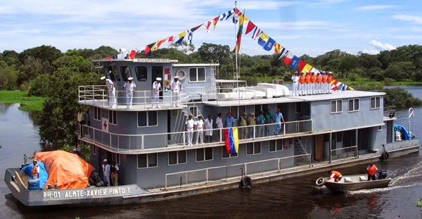 O navio-hospital ALM. XAVIER PINTO TELLERIA