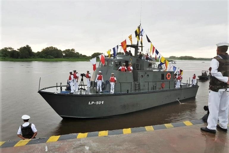 O navio patrulha SANTA CRUZ DE LA SIERRA