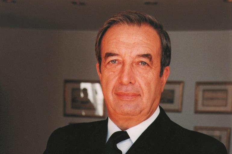 O Almirante Vieira Matias, presidente do Conselho Editorial da Revista de Marinha, entre 2009 e 2020.