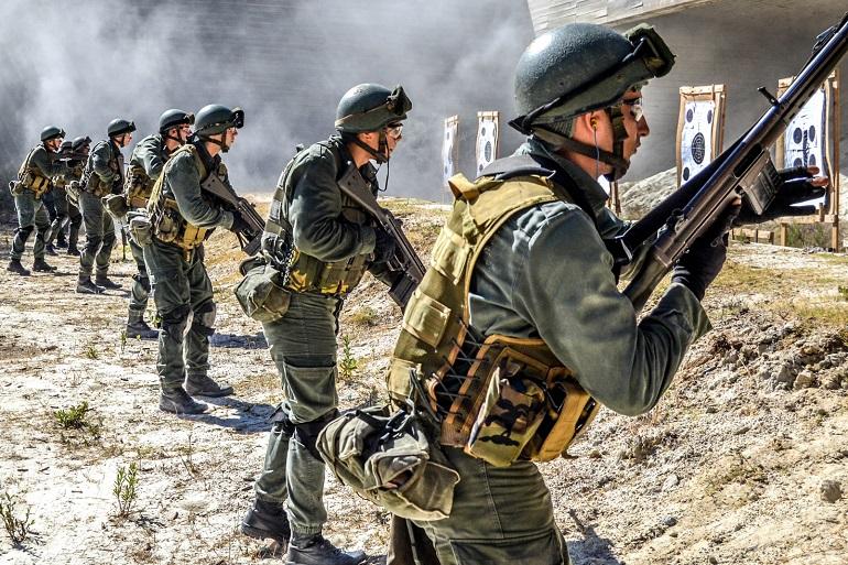 Treino de tiro de combate (imagens MGP)