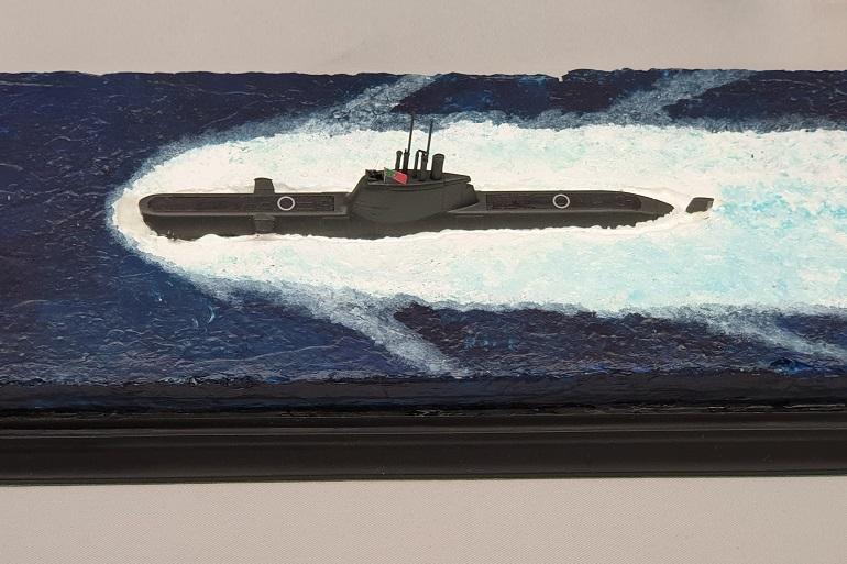 O submarino português NRP TRIDENTE à escala 1/350, por Luís Filipe Resende Ferreira (imagem Rui Matos)