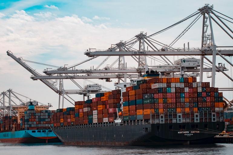 O porta-contentores de 332 m e 108800 tons, NORTHERN JUSTICE do armador alemão Norddeutsche Reederei (imagem Norddeutsche Reederei)