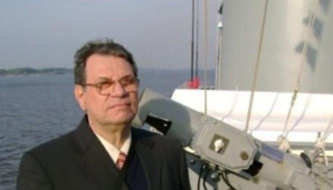 O professor Eduardo Italo Pesce nosso distinto colaborador (imagem Poder Naval)