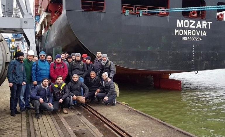 15 tripulantes do MV MOZART estão em poder dos piratas (imagem BodenDenizcilik)
