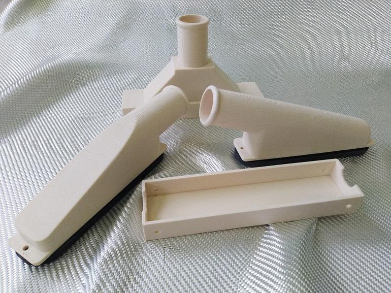 Peças do sistema ventilação da Lancha L-150, impressas em 3D no Arsenal do Alfeite (imagem do autor)