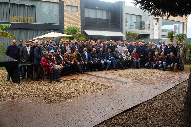 A ideia de criar uma associação nasceu do sucesso das muitas tertúlias realizadas e sempre muito concorridas pelos velhos submarinistas. (imagem do Facebook Submarinistas de Portugal)