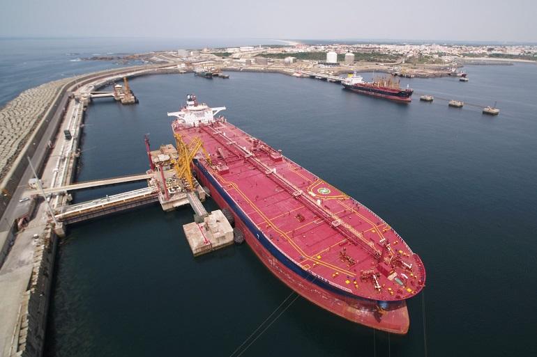 Terminal de graneis líquidos do Porto de Sines (imagem APS)
