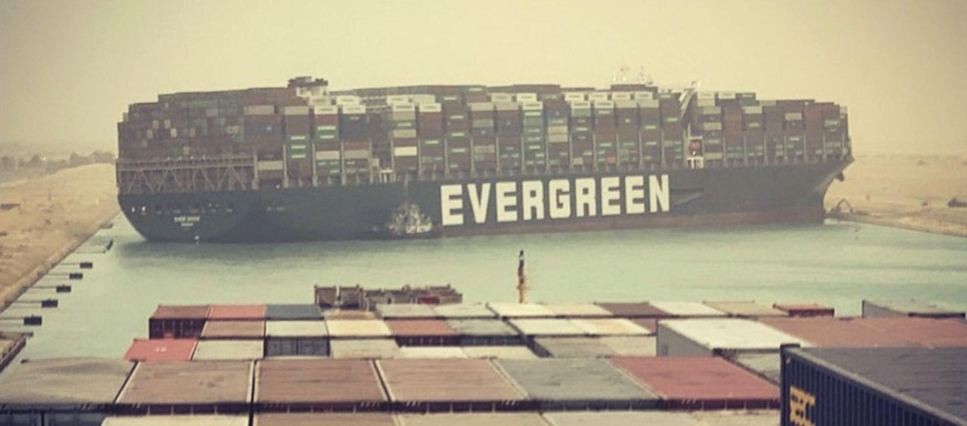 Há dimensão máxima para os navios?