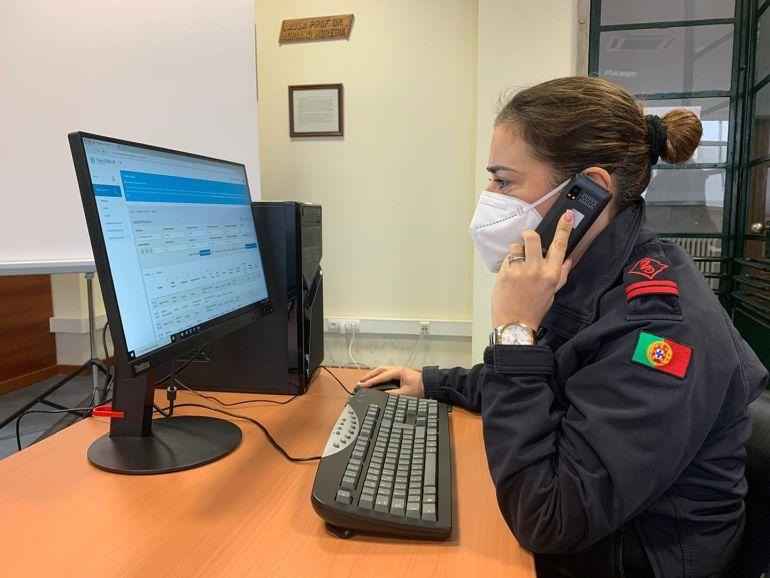 As equipas de militares da Marinha ja mais de 80 mil contactos no âmbito do apoio à linha SNS24 do Ministério da Saúde, no âmbito do combate à pandemia da COVID-19