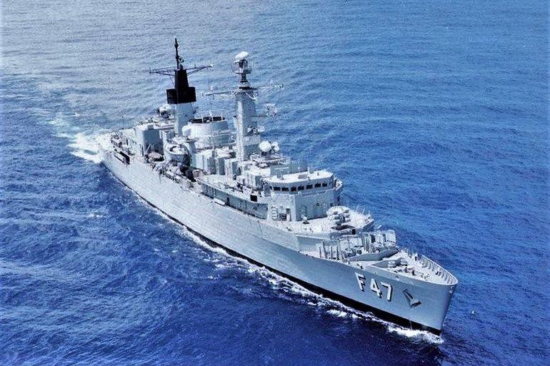 A fragata DODSWORTH F47, (ex-HMS BRILLIANT F90) era uma fragata britânica Tipo-22 que serviu a Marinha do Brasil entre 1996 e 2004. Estes navios foram dos primeiros equipados com um sistema de armas com capacidade anti-míssil, o míssil WGS-25 Seawolf.