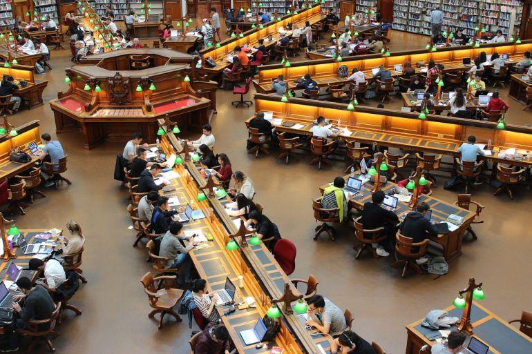 Biblioteca da Brown University, Providence, RI (imagem de Andrew Tan por Pixabay)