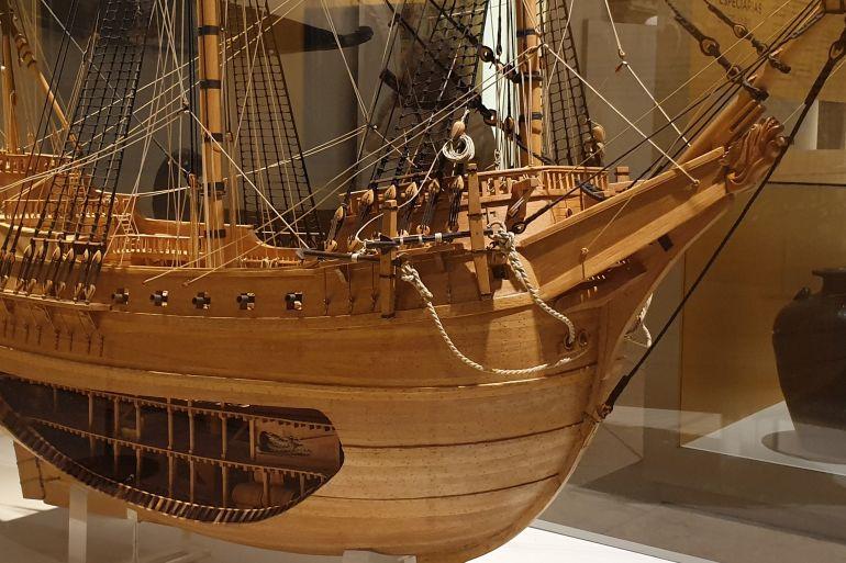 Modelo em corte da famosa nau MADRE DE DEUS, mostrando a arte da construção naval portuguesa do século XVII, Museu de Marinha de Lisboa (imagem João Gonçalves, Museu de Marinha de Lisboa, Portugal)