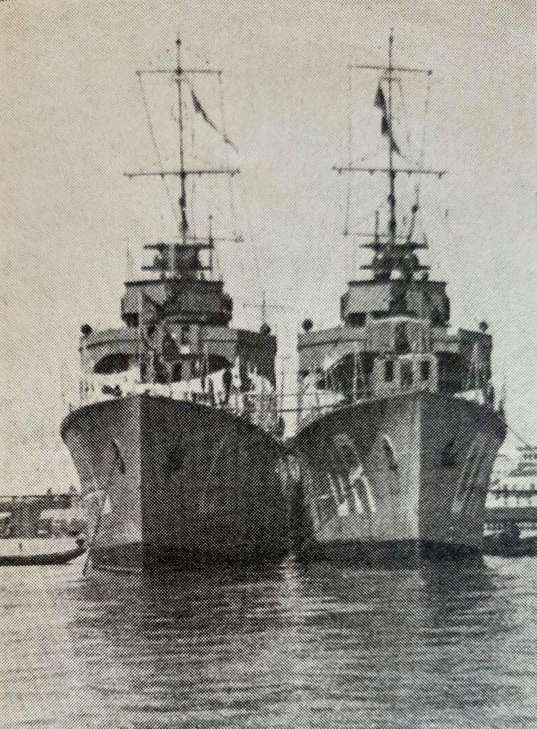 Os contratorpedeiros LIMA e DOURO ancorados em Ponta Delgada. Os Açores foram o epicentro de muitas operações de busca e salvamento da Armada Portuguesa durante a segunda guerra. (imagem Revista de Marinha, D.R.)