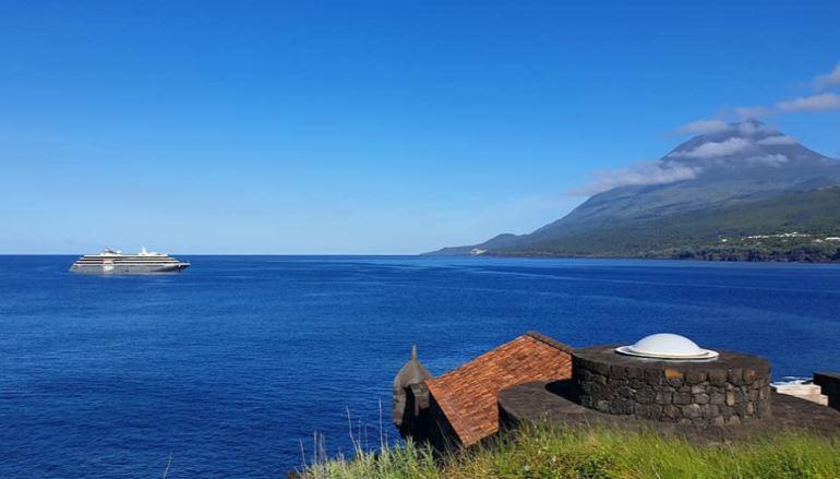 A ilha montanha proporciona cenários verdadeiramente mágicos. Na tarde do dia 18 junho, Lajes do PIco, (imagem de Rui Brum Ávila)