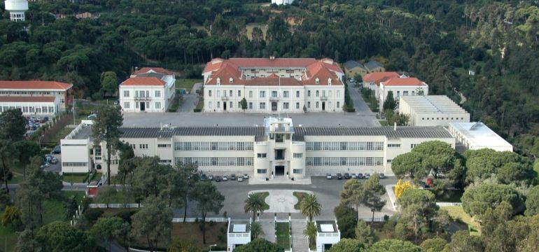 A Escola Naval, no Alfeite (imagem MGP)