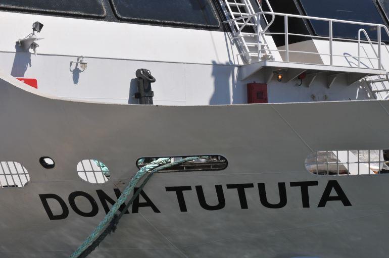 O nome do navio na amura de EB (imagem Luís Miguel Correia)